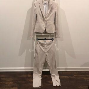 Two piece suit set